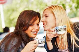 http://lglive.ru/druzhba-zhenskaya-protiv-muzhskojj-kakaya-krepche/ ...Женская дружба – понятие весьма обширное, и для каждой женщины оно имеет свое значение. Представительницы прекрасного пола считают совершенно по-разному и вправе решать, как друг с другом дружить. Многие женщины вполне правильно высказывают мнение о том, что показателем настоящей женской дружбы является тот фактор, что они могут наедине с подружкой... http://lglive.ru/druzhba-zhenskaya-protiv-muzhskojj-kakaya-krepche/