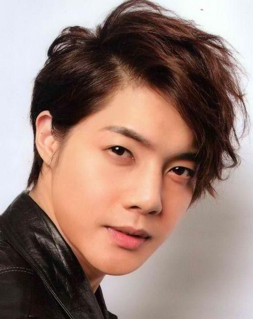 Korean Hairstyles for Wavy Hair Korean Hairstyles for Men