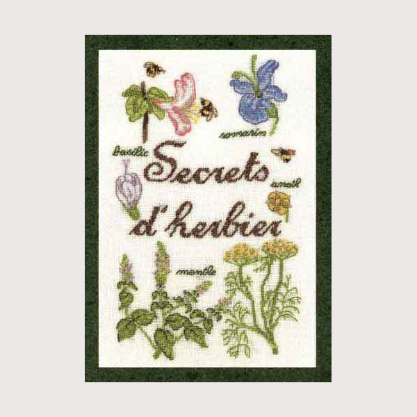 kit de broderie petit point et point compté thème secrets d'herbier