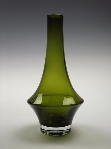 Riihimaki olive green cased glass vase