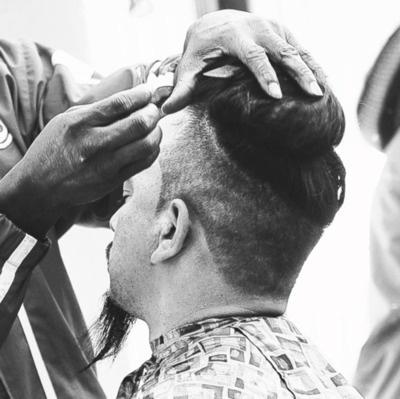 The BarberShop . Cjz Ngz. Crack family g's    SpoonPhotographer  Sund 04 Sept. /12