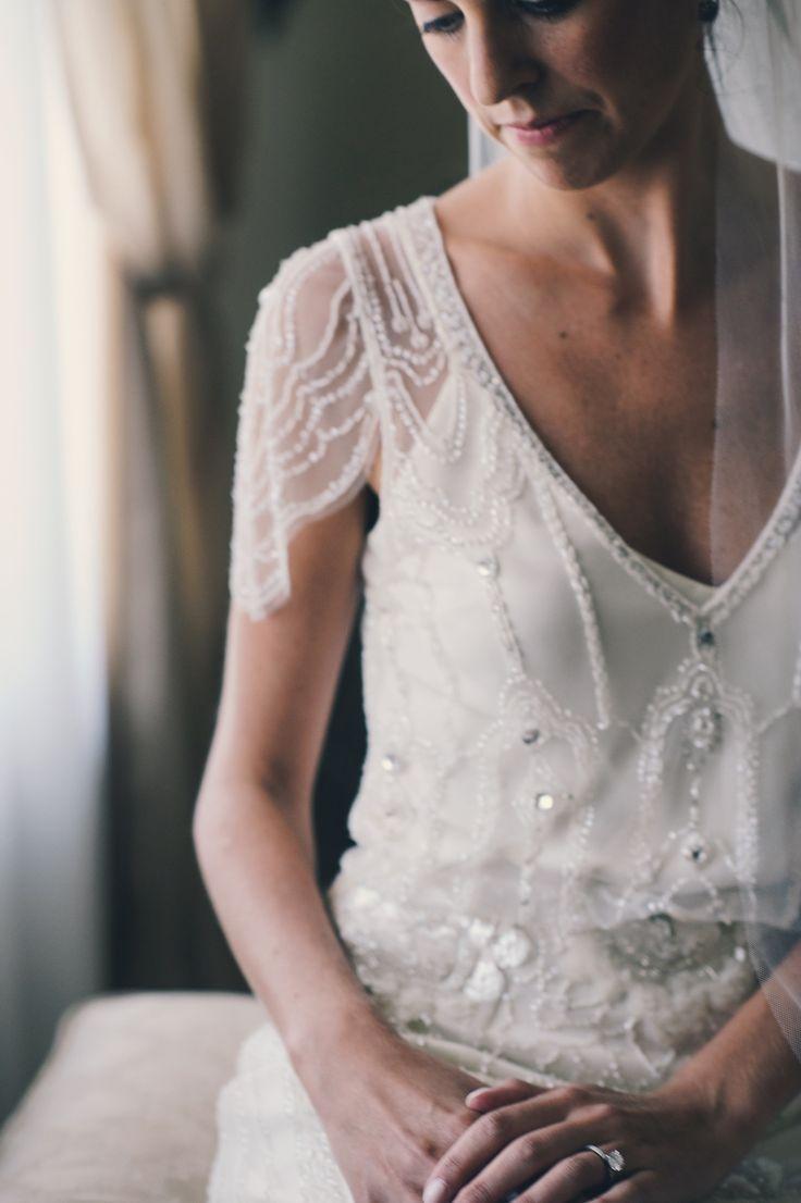 腕を動かすたびビーズがきらめく…♡ ジェニーパッカムの花嫁衣装・ウエディングドレス一覧☆
