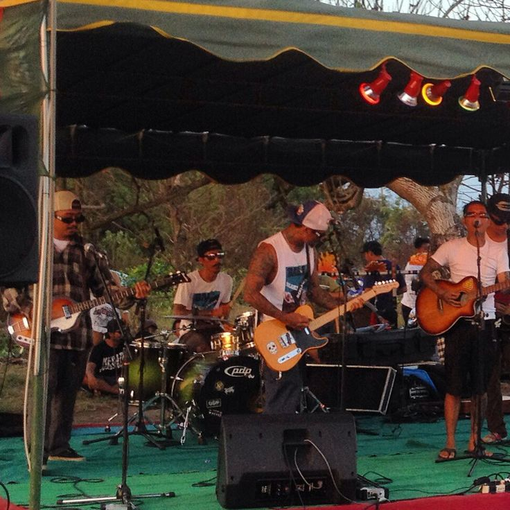 @JRX_SID on stage with Eco Defender