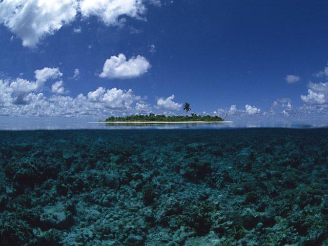 Shimoji-island (Okinawa, Japan) / 沖縄 宮古諸島・下地島。ダイビングスポットとしても有名です。