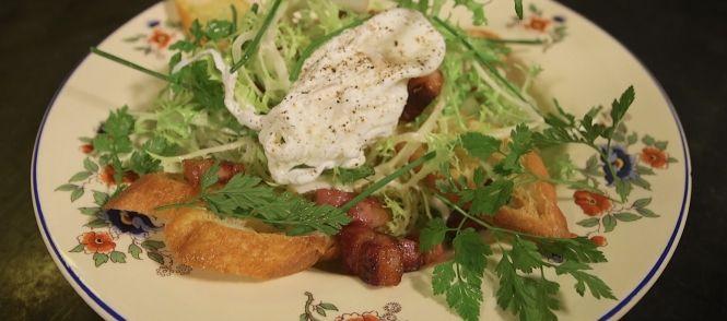 Salade Lyonnaise recept | Smulweb.nl