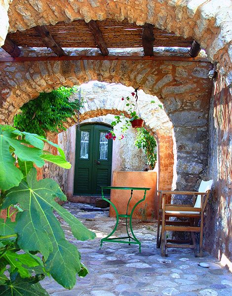Kythira Mini Guide - Greece Is