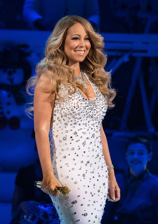 Congrats Mariah Carey! See her massive engagement ring!