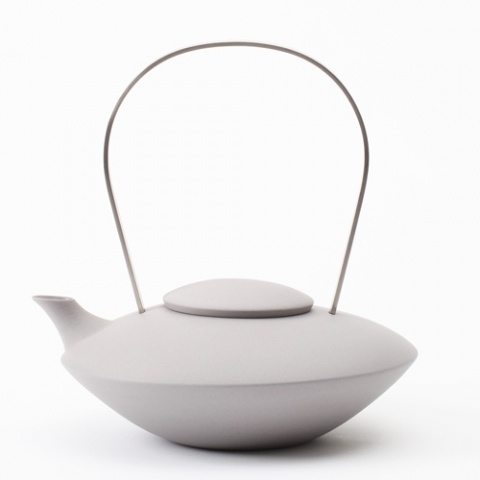 tea pot | tableware . Geschirr . vaisselle | Design: Ditte Fischer