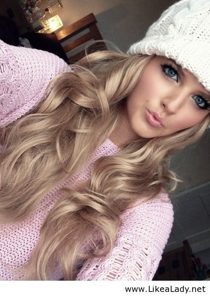 Winter look -Blue eyes -Pink Lips -Light Pink -White. this hair color maybe?