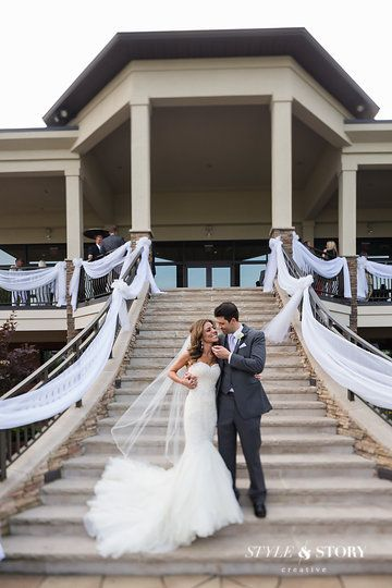 The Lake Club Youngstown Ohio Wedding Venue Photo From Ronni Mark Collection By STYLE AND STORY CREATIVE