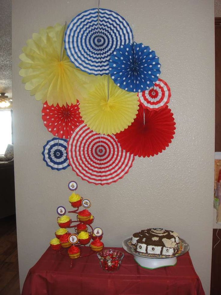 Curious Colin's 1st Curious George Party | CatchMyParty.com