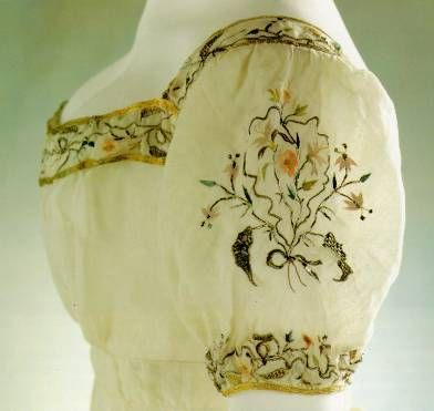 Sleeve embroidery, 1810 evening gown. The Art of the Dress, Jane Ashelford