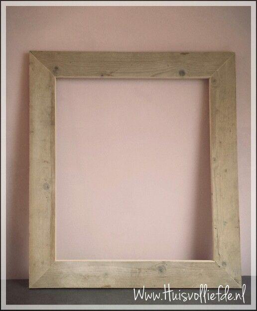 #steigerhouten lijst #lijst #fotolijst #steigerhout #photoframe #memo bord #huis #home #interieur #pink  #www.huisvolliefde.nl
