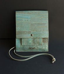 Blue Messenger Bag (ec-0113bl) in Cork, to carry your essentials with style
