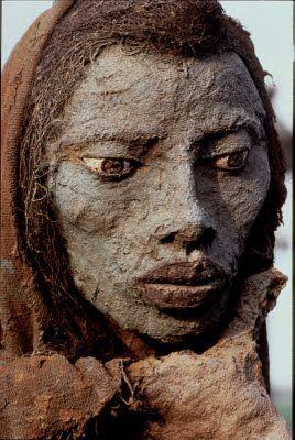 Sculptor+Ousmane+Sow+ousmane_sowc-dr_scene-familiale.jpg (268×400)