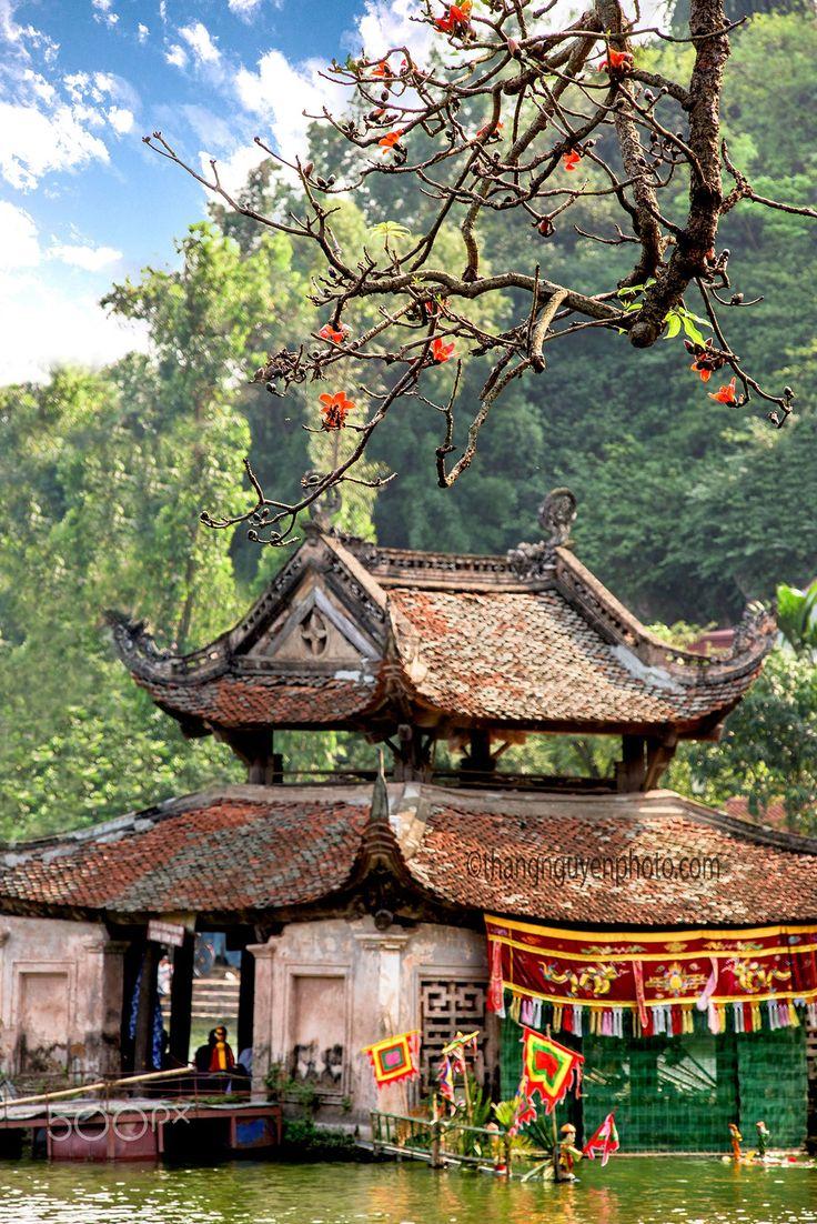 Thay Pagoda, Hanoi, Vietnam