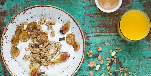 Een variatie op je 'gewone' Quaker Cruesli® Ontbijt. Een echt ochtend verwenrecept voor -bijvoorbeeld- moederdag of een verjaardag. Een heus feestje.