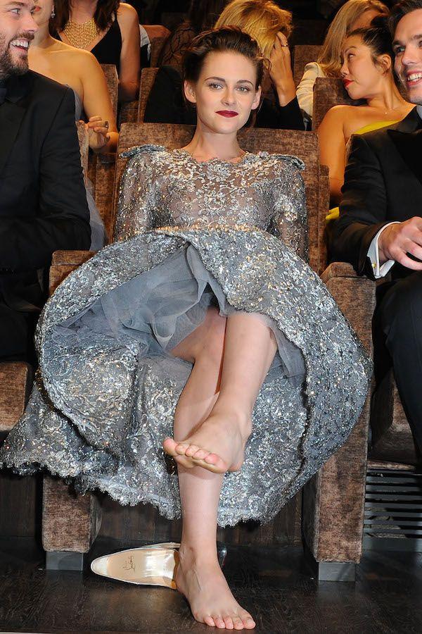 Dlisted   Kristen Stewart attends a Premiere for 'Equals
