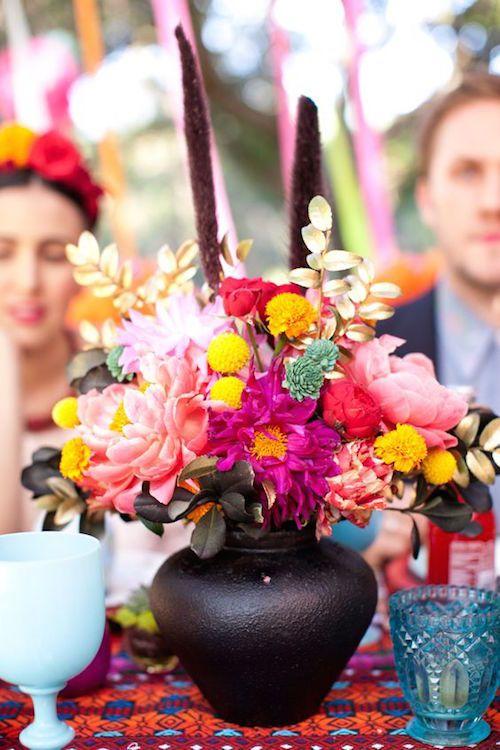 Luego de ver estas ideas para la decoración de bodas mexicanas, estamos seguras que las tendrás en consideración! Toma nota!!! :)