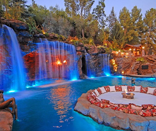 By Drake S House In Los Angeles Dream Pools Swimming