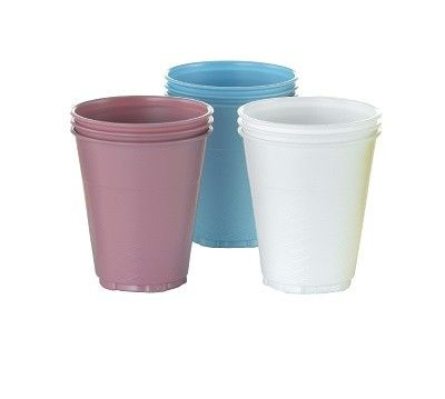 Pastel cup colours coordinated with dental bibs. Plastic material for solid feel.