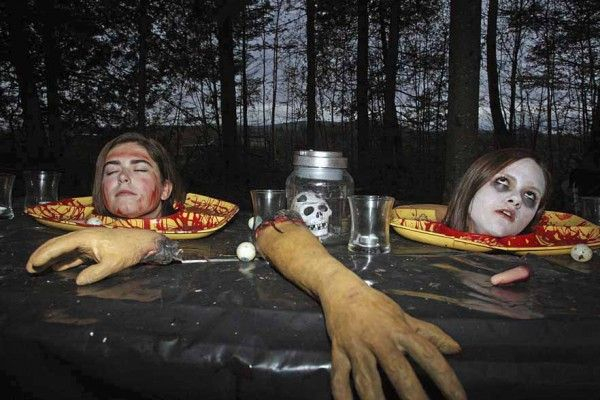 for the haunted hayride - haunted walk - haunted house - heads on a platter