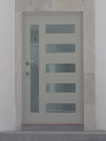 M s de 1000 ideas sobre puertas de aluminio exterior en - Matachispas para chimeneas ...