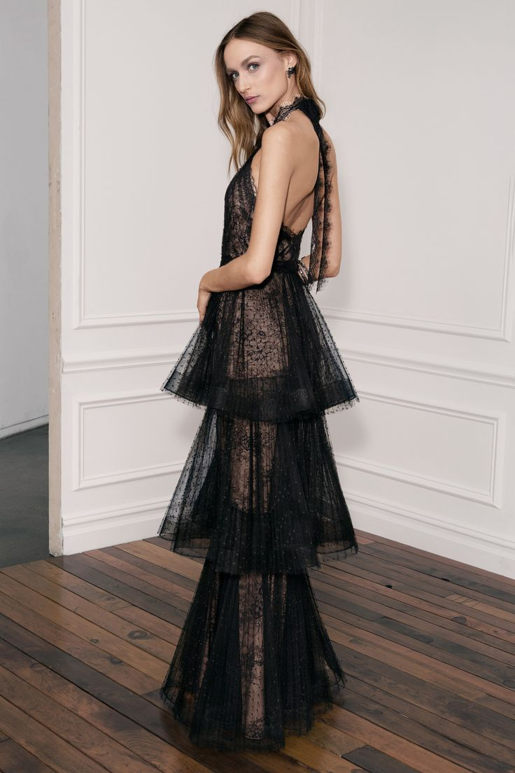 Marchesa Notte Spring 2018 Ready-to-Wear Fashion Show Curated by @sommerswim