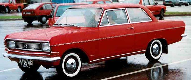 Google Bilder-resultat for http://upload.wikimedia.org/wikipedia/commons/e/e3/Opel_Rekord_2-Door_Sedan_1966.jpg