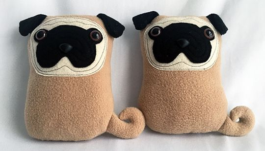 Fun Weekend Sewing: A Little Pair o Pugs