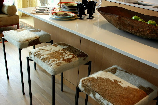 Hair on Hide Counter Stools: Cowhide Barstool, Cows Hiding Bar Stools, Dining Rooms Chairs, Design Ideas, Cows Prints, Interiors Design, Dining Room Chairs, Counter Stools, Interiors Ideas