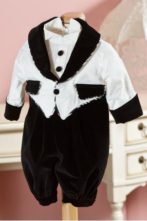 "Easy to dress ""GentleBall"" jumpsuit for your baby boy's christening, from Petite Coco.  http://www.petitecoco.ro/shop/en/tres-chic/89-gentleball-boys-jumpsuit.html"