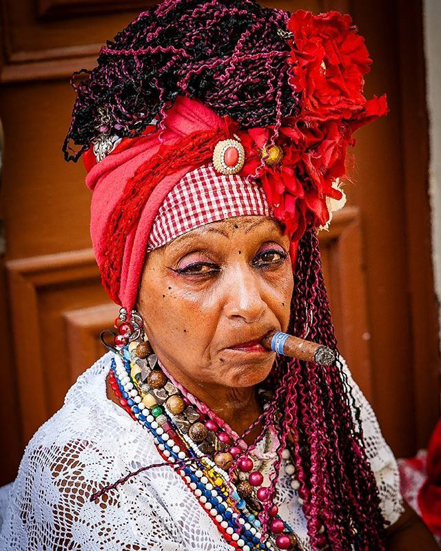 Cuba is a smoking lady www.andreamazzella.it #portrait #picoftheday #colour #photooftheday #cigar #photography #natgeo #awesome #like #street #streetphotography #people #havana #natgeotravel #traveladdict #passion #igers #cool #travel #ritratto #instago #instalike #instago #instagram #beautifull #moment #igersnapoli #igers #beauty