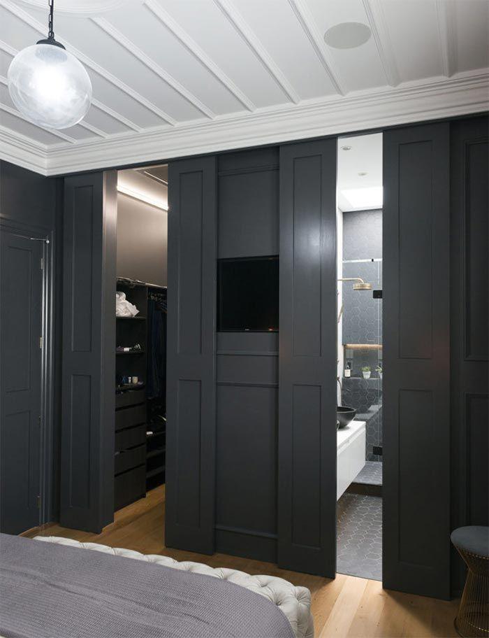 Una casa de soltero en blanco y negro en Nueva Zelanda · A black and white house in New Zealand