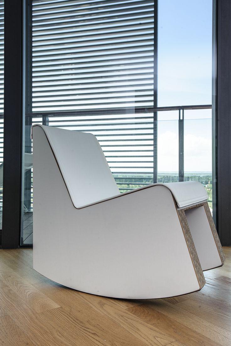 La poltrona Swing nel nostro showroom di Jesolo. www.staygreen.it