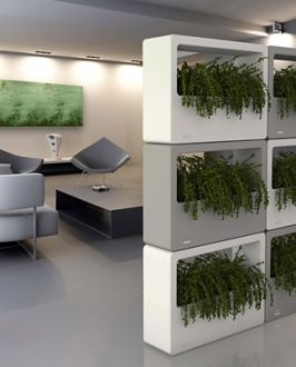 M - Stretch: Modular Planter Wall