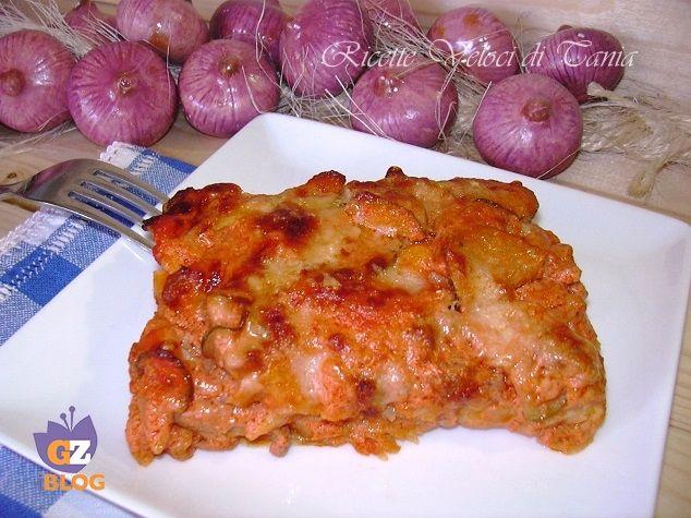 Preparare delle lasagne in modo facile e veloce con il pane carasau