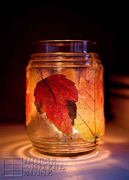 Leaf Tea Light Jar | 30 Quick And Cozy Projects To Make This Fall