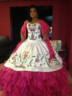 15 Dresses From Mexico