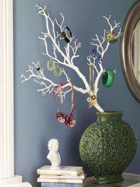 die besten 25 schmuckhalter selbst machen ideen auf pinterest dollar tree geschenke. Black Bedroom Furniture Sets. Home Design Ideas