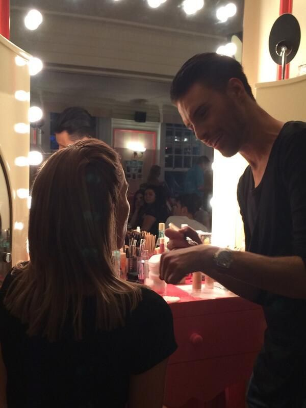 Once a Benebabe...always a Benebabe! The gorgeous Rylan showing us how it's done #gabbishead