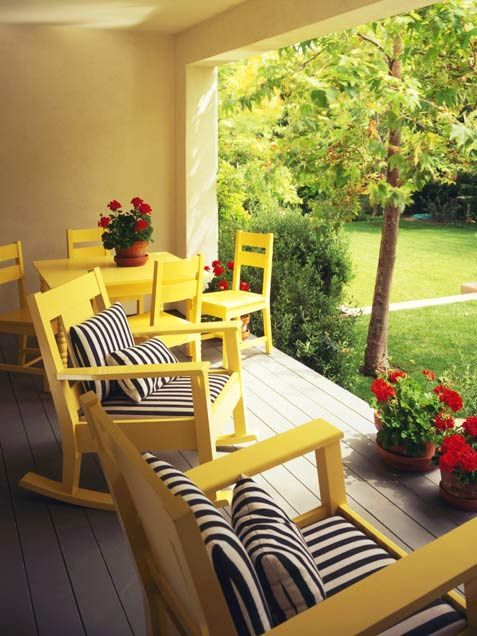 cute yellow and black and white stripe | home * outdoors ... on Black And White Patio Ideas id=54404