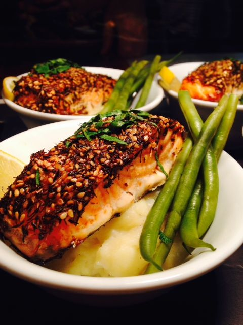 Scottish Za'tar salmon with mustard mash, whisky cream sauce, chives and green beans. Flying out the door at #CafePortrait !