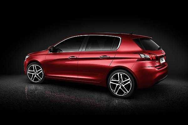 2018-2019 Peugeot 308 — new look of the 2018-2019 Peugeot 308
