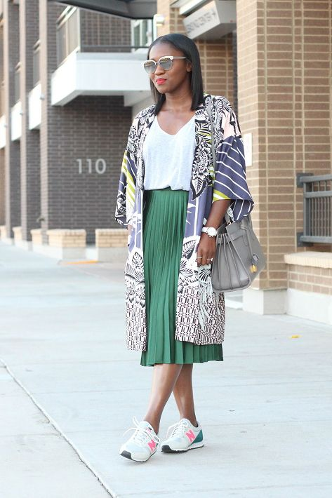 ranti-in-review | plissed skirt, kimono and sneakers, sport chic street style inspiration, spring summer fashion