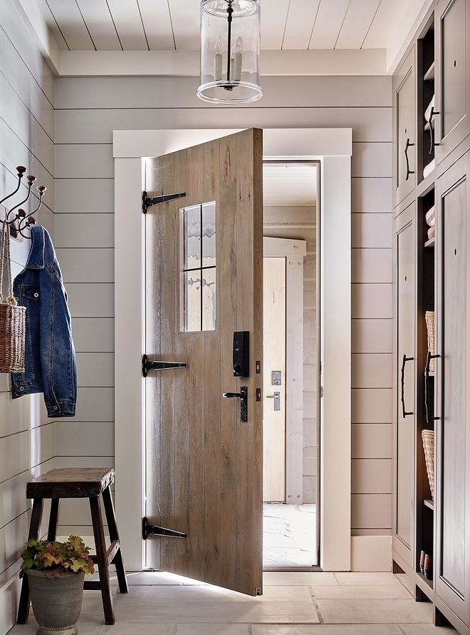 Shiplap Mudroom Mudroom With Shiplap Walls Shiplap