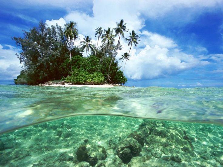 15. Wyspy Salomona (Oceania) – 24,4 tys. turystów.  Tak jak wiele miejsc wymienionych wcześniej – i to przegrywa w konkurencji z sąsiadującymi krajami (Australią czy choćby Papuą Nową Gwineą). Zdaniem Garforsa – zupełnie niesłusznie. Bo mamy tu i rejony wulkaniczne, i wodospady, i lasy deszczowe, i urokliwe laguny. Dla zainteresowanych florą: 230 gatunków tropikalnych roślin.