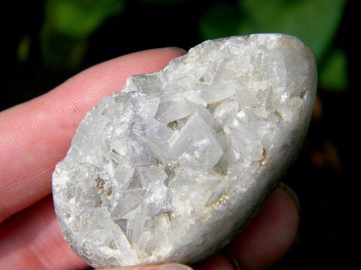 Crystal Egg Geode, Quartz Egg, Crystal Egg, Healing Crystal, Crystal Collection, Gypsy, Boho, by SagesLeaf on Etsy https://www.etsy.com/listing/249457597/crystal-egg-geode-quartz-egg-crystal-egg