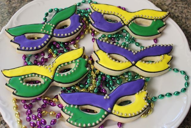 Google Image Result for http://www.auntiebeasbakery.com/wp-content/uploads/2012/04/Mardi-Gras-Cookies.jpg
