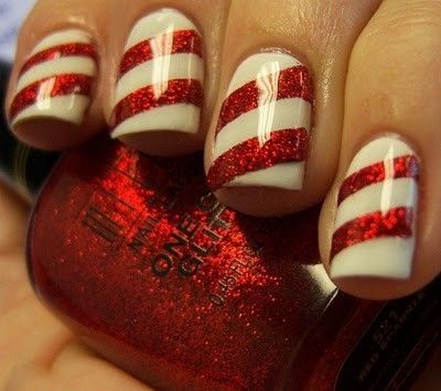 Christmas nails, holiday nail art, candy cane nails, red, white, sparkles, glitter.